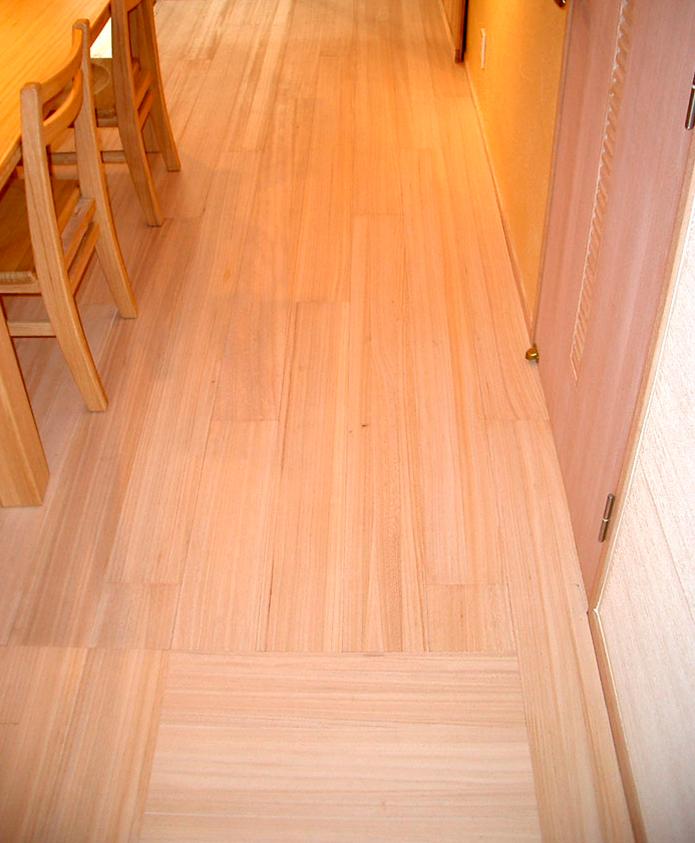 柾目の桐床フローリング